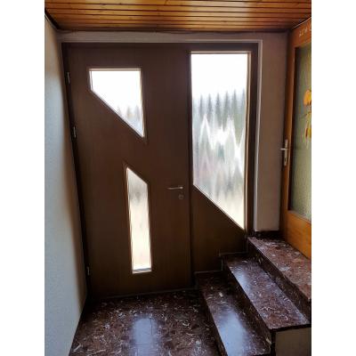 Eichehaustüre mit Seitenteil - Innenansicht