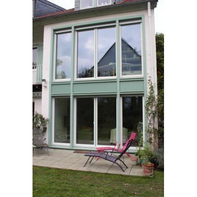 Fassade mit IV88 Fenster und Glas 40dB